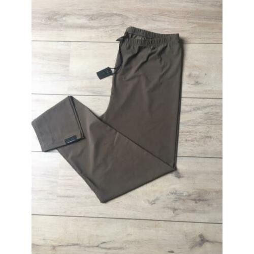 Penn & Ink travel trouser 44 Army green Nieuw